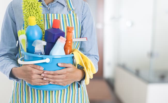 Quick and Easy Bathroom Cleaning Tips to Avoid a Full Day of Bathroom Cleaning