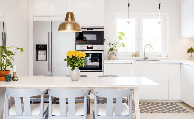 7 Tips to Get Your Kitchen Organized in No Time